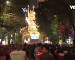 Không khí đón Giáng sinh tại Hà Nội