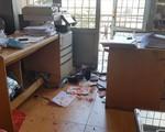 Lâm Đồng: Khống chế đối tượng mang hung khí, đập phá phòng công chứng