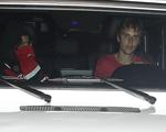 Selena Gomez – Justin Biber tạm 'nghỉ yêu' vì mẹ