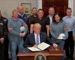 Tổng thống Trump chính thức ký lệnh đánh thuế nhôm và thép nhập khẩu
