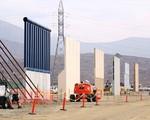 Mỹ cải tạo bức tường biên giới với Mexico