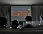 Dịch vụ chiếu phim trực tuyến có phải đối thủ của rạp chiếu phim truyền thống?