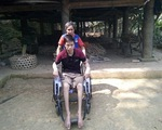 Nỗi tuyệt vọng cùng cực của chàng trai bất ngờ bị tai nạn liệt đôi chân