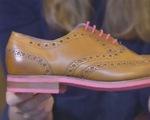 Tái chế bã kẹo cao su thành giày thời trang