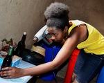 Sản xuất rượu từ củ cải đường ở Rwanda