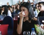 NSƯT Mỹ Uyên khóc vì thương Huỳnh Anh trong Cả một đời ân oán 2