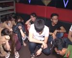 Vĩnh Long: Đột kích quán karaoke, gần 100 thanh niên dương tính với ma túy