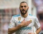 Sắp bị Real cho 'ra rìa', Benzema vẫn không hết hot