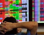 Thị trường chứng khoán giảm mạnh, VN-Index mất tới 32 điểm