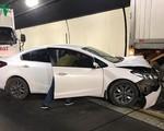 Tai nạn liên hoàn giữa 3 ô tô, hầm đường bộ Hải Vân ùn tắc nhiều giờ