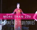 Quảng bá văn hóa Việt qua bộ sưu tập áo dài Quốc kỳ