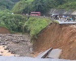 Lai Châu: Công tác tìm kiếm người mất tích do sạt lở núi gặp khó khăn