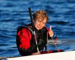 Cậu bé 12 tuổi lập kỷ lục vượt biển Bắc