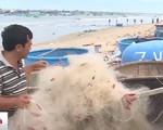 Ngư dân Bình Thuận khốn đốn bởi giã cào bay