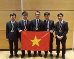 5/5 thí sinh Việt Nam giành huy chương tại Olympic Vật lí quốc tế 2018