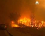 Hơn 2.000 lính cứu hỏa đối phó với cháy rừng lan rộng tại California, Mỹ