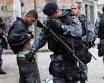 Brazil: Bắt giữ 1.000 tội phạm liên quan đến phụ nữ