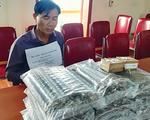 Bắt đối tượng vận chuyển 25kg thuốc nổ, 200 kíp nổ tại Nghệ An