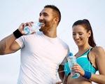Nên uống bao nhiêu nước khi tập thể thao là đủ?
