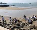 Hàng tấn rác thải được thu gom trong Ngày Quốc tế làm sạch bờ biển 2018