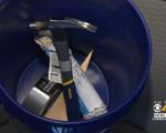 Mỹ: Mỗi lớp học nhận 1 xô dụng cụ để xử lý khi xảy ra nổ súng
