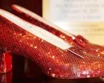 Tìm thấy đôi giày huyền thoại trong phim 'Phù thủy xứ Oz'