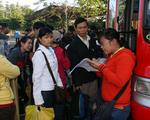 Tặng hơn 37.000 vé xe cho công nhân về quê đón Tết