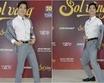 Ngọc Sơn tạo dáng 'xì-tin' mở hàng Sol vàng 2018