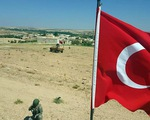 Thổ Nhĩ Kỳ tăng cường lực lượng tại biên giới với Syria