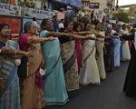 5 triệu phụ nữ Ấn Độ kết bức tường người dài 620km kêu gọi bình đẳng giới