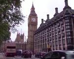 Người tiêu dùng Anh ngày càng thận trọng về chi tiêu