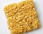 Cảnh báo hàng triệu trẻ em Đông Nam Á suy dinh dưỡng vì mì ăn liền