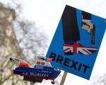 Quỹ quản lý đầu tư hàng đầu nước Anh bất ngờ sụp đổ - ảnh 1