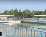 Kinh hãi hồ cấp nước sinh hoạt cho Đà Lạt ngập vỏ thuốc hóa học - ảnh 1