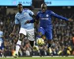 Man City 2-1 Chelsea: Nhà vô địch trở lại cuộc đua
