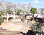 Bão lớn gây ngập lụt và lở đất tại Hy Lạp