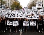 Vì sao phong trào phản đối bạo lực gia đình ở Pháp diễn ra rầm rộ?