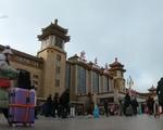 Hàng nghìn người Trung Quốc ùn ùn đổ về quê ăn Tết