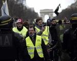 Biểu tình 'Áo vàng' tái diễn tuần thứ 13 liên tiếp ở Pháp