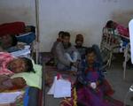 Vụ ngộ độc rượu tại Ấn Độ diễn biến nghiêm trọng