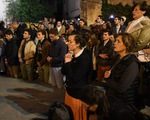Nhân chứng nói gì về vụ cháy nhà thờ Đức Bà Paris?