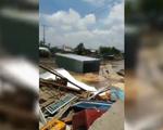 4 căn nhà đổ xuống sông vì sạt lở tại Cần Thơ