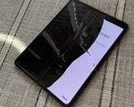 Smartphone giá gần 2.000 USD Galaxy Fold hỏng chỉ sau vài ngày sử dụng