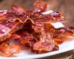 Tăng nguy cơ ung thư do ăn thịt xông khói mỗi ngày