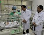 Bộ LĐ TB&XH tặng quà trẻ em có hoàn cảnh khó khăn