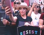 Phụ nữ Mỹ 'đình công' tình dục phản đối dự luật cấm phá thai