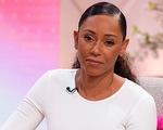 Cựu thành viên 'Spice Girls' đột ngột mất thị lực