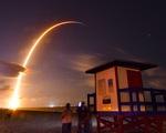 SpaceX phóng 60 vệ tinh đầu tiên cung cấp Internet tốc độ cao cho toàn thế giới