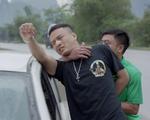 Mê cung - Tập 11: Khánh (Hồng Đăng) bị bắt tại trận vì vận chuyển ma túy
