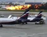 Máy bay Nga bốc cháy dữ dội khi hạ cánh, 41 người thiệt mạng